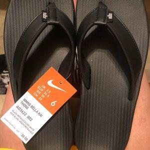 Nike Flip-flops 6 NWT